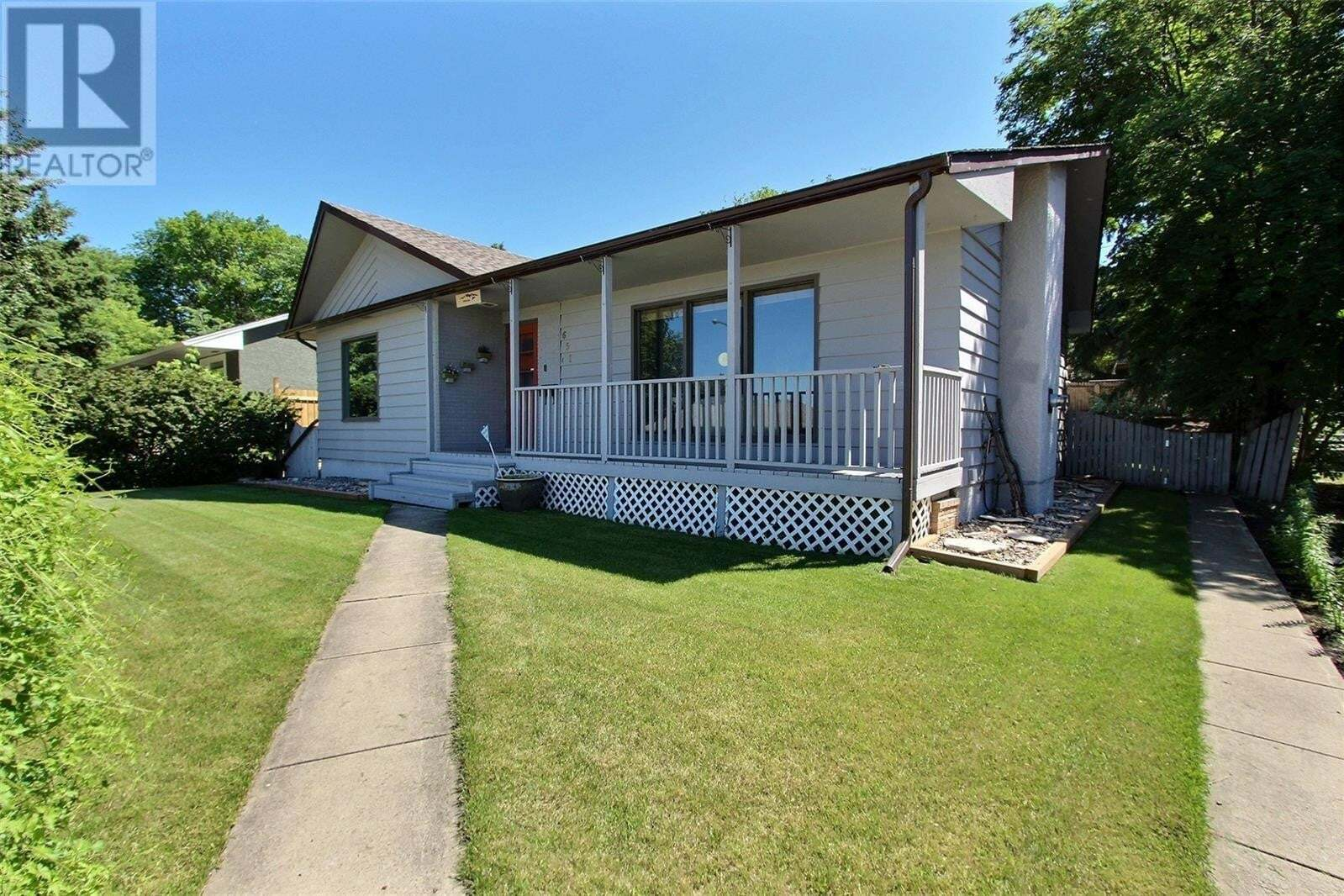 House for sale at 651 19th St W Prince Albert Saskatchewan - MLS: SK824557