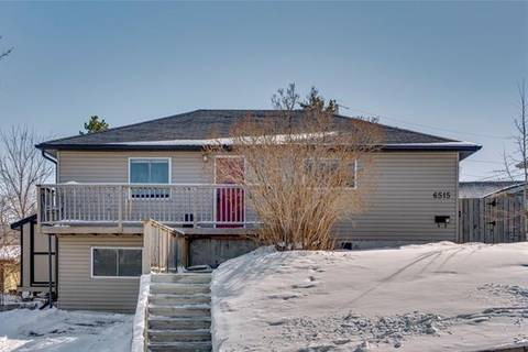 House for sale at 6515 34 Ave Northwest Calgary Alberta - MLS: C4291433