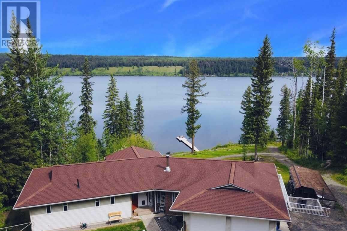 House for sale at 6517 Horse Lake Rd Horse Lake British Columbia - MLS: R2441054