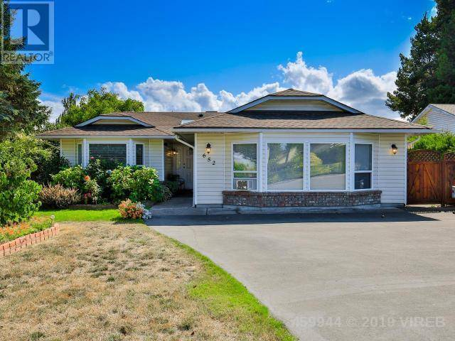 House for sale at 652 Ermineskin Ave Parksville British Columbia - MLS: 459944