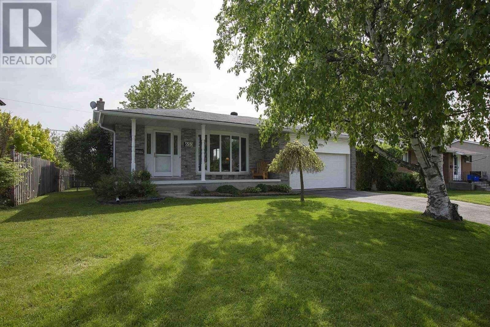 House for sale at 653 Fleet St Kingston Ontario - MLS: K20002714