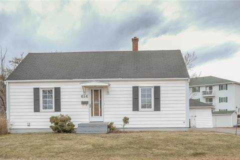 House for sale at 654 Laurier St Dieppe New Brunswick - MLS: M122362