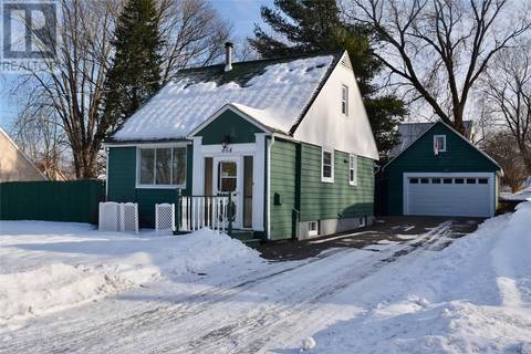 House for sale at 654 Reid St Fredericton New Brunswick - MLS: NB016373