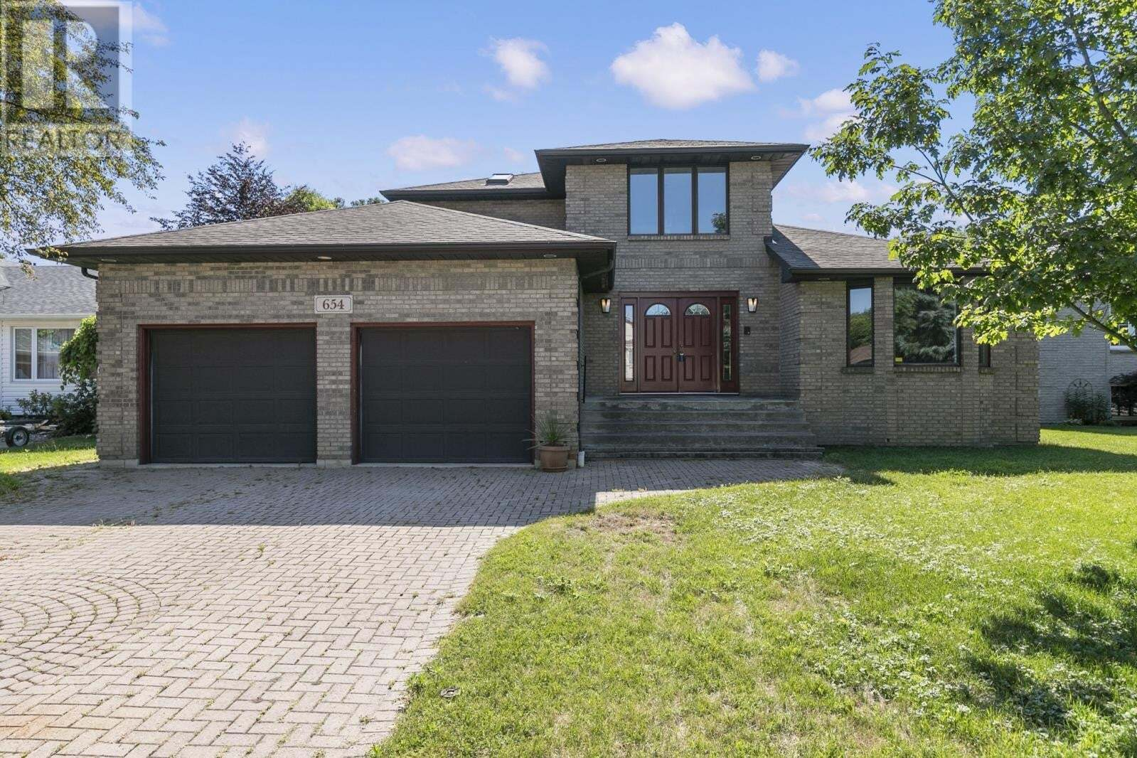House for sale at 654 Smith  Lasalle Ontario - MLS: 20007964