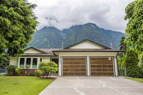 House for sale at 65550 Gordon Dr Hope British Columbia - MLS: R2384435