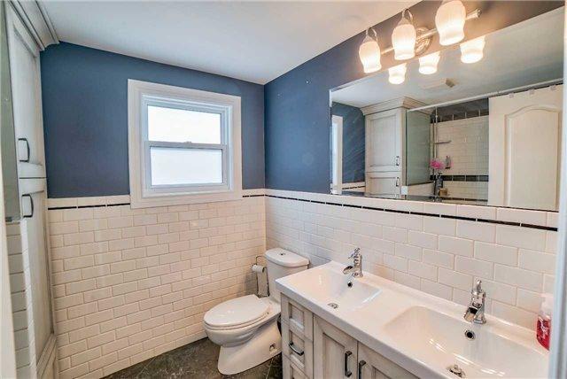 For Sale: 656 Aruba Court, Oshawa, ON | 4 Bed, 3 Bath House for $649,900. See 18 photos!