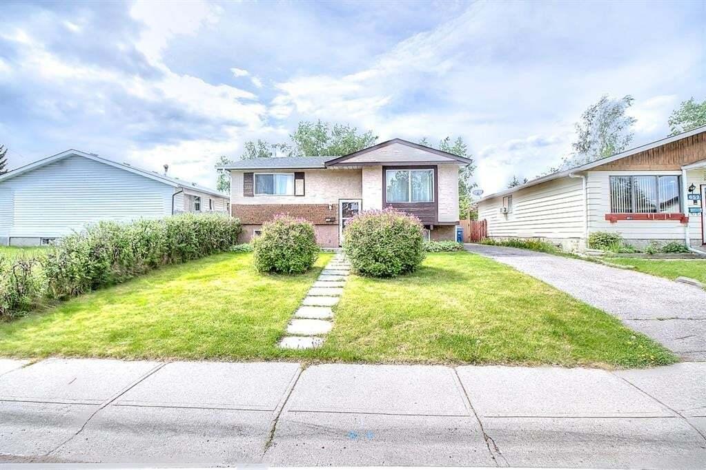 House for sale at 656 Fonda Ct Southeast Calgary Alberta - MLS: A1009868