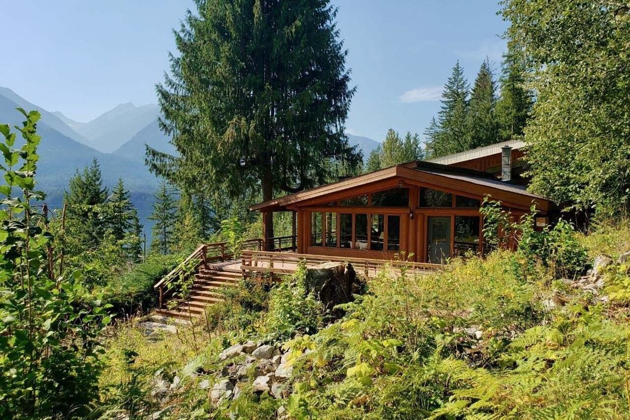 House for sale at 6560 Highway 6  New Denver Alberta - MLS: 2454311
