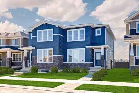 Townhouse for sale at 657 Redstone Dr NE Calgary Alberta - MLS: C4293092