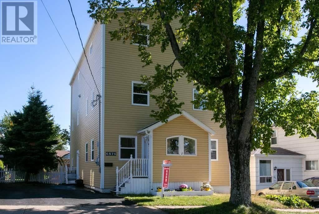 House for sale at 6576 London St Halifax Nova Scotia - MLS: 201923032