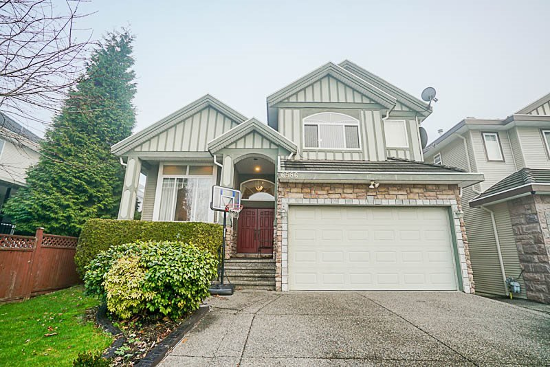 Sold: 6586 123a Street, Surrey, BC