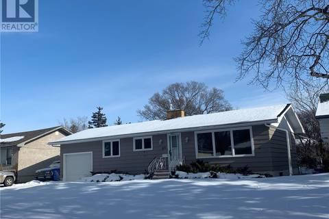 House for sale at 66 Haultain Cres Regina Saskatchewan - MLS: SK797993