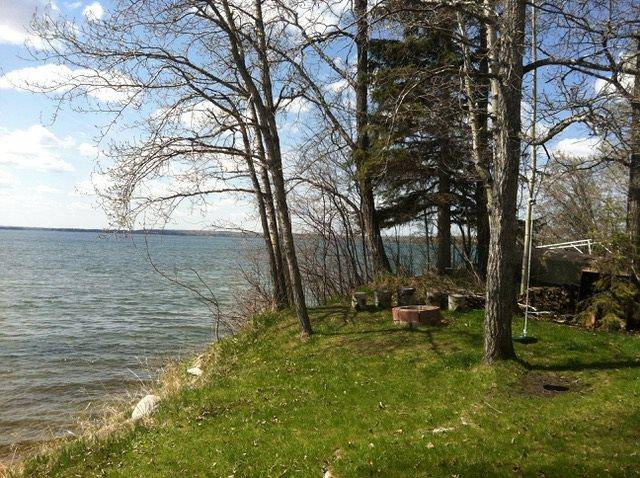 Home for sale at 66 Itaska Beach Ave Rural Leduc County Alberta - MLS: E4164443