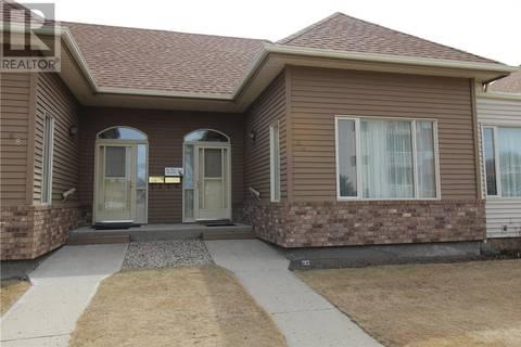 Townhouse for sale at 66 Kensington Cres Regina Saskatchewan - MLS: SK800435