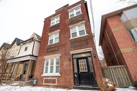 Townhouse for sale at 66 Victoria Ave S Hamilton Ontario - MLS: H4046223