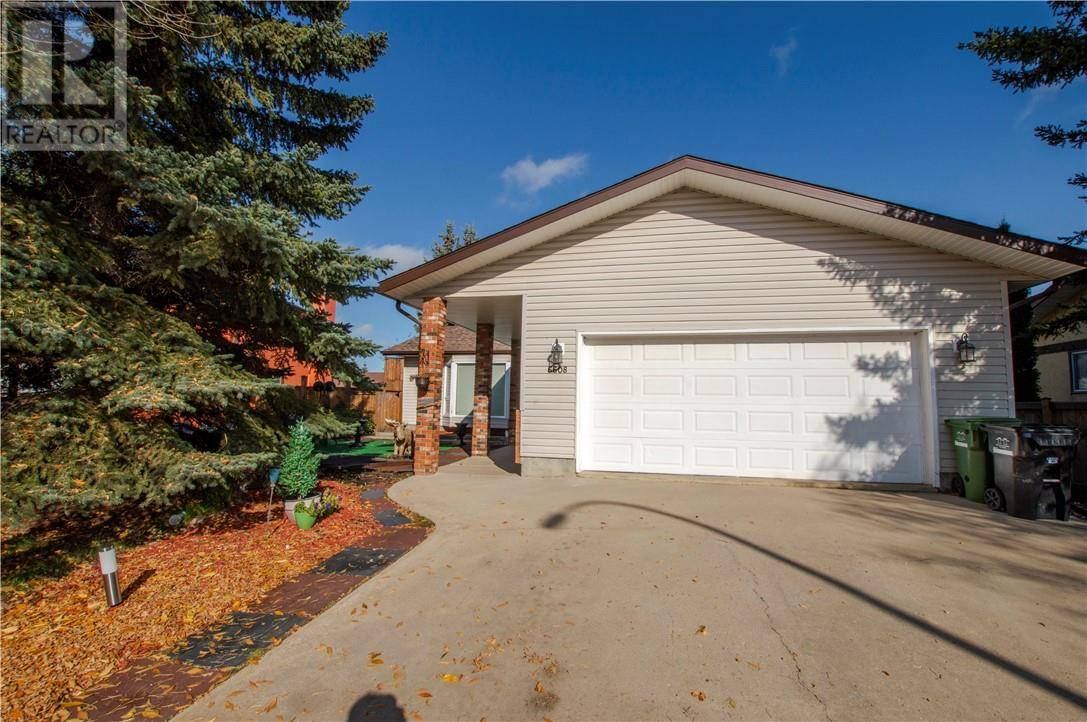House for sale at 6608 35 Ave Camrose Alberta - MLS: ca0181176