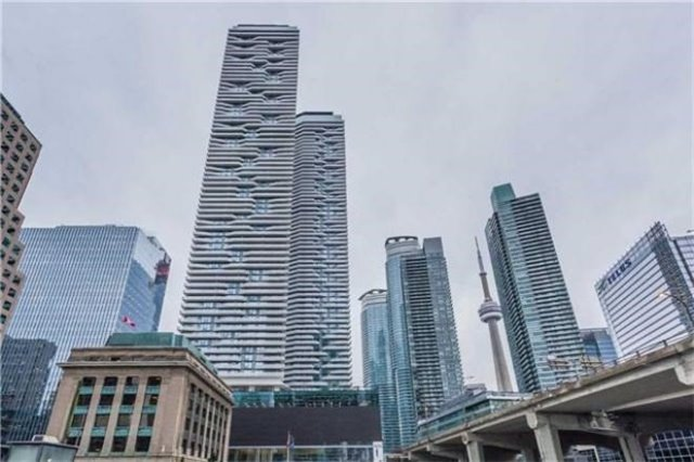 For Rent: 6609 - 88 Harbour Street, Toronto, ON | 1 Bed, 1 Bath Condo for $2,280. See 10 photos!