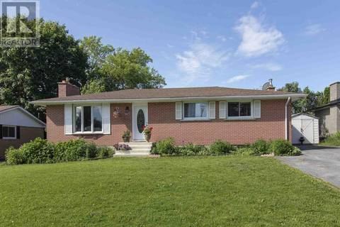 House for sale at 661 Sussex Blvd Kingston Ontario - MLS: K19004144