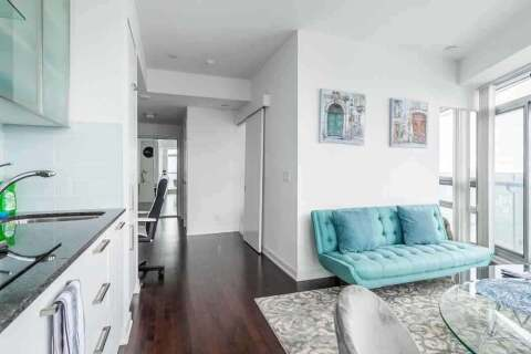 Condo for sale at 14 York St Unit 6611 Toronto Ontario - MLS: C4912082