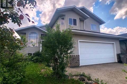 House for sale at 6613 97 St Grande Prairie Alberta - MLS: GP207362