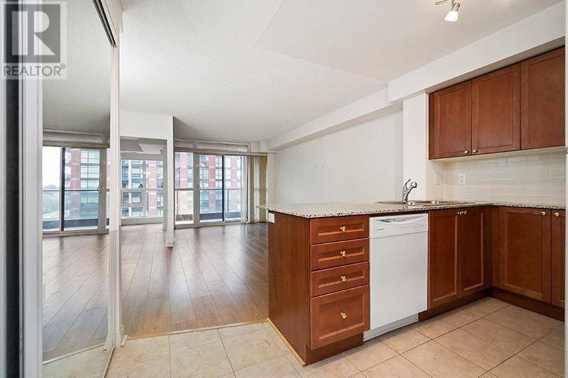 Apartment for rent at 525 Wilson Ave Unit 662 Toronto Ontario - MLS: C4610991