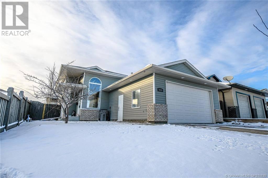 House for sale at 6620 111 St Grande Prairie Alberta - MLS: GP211839