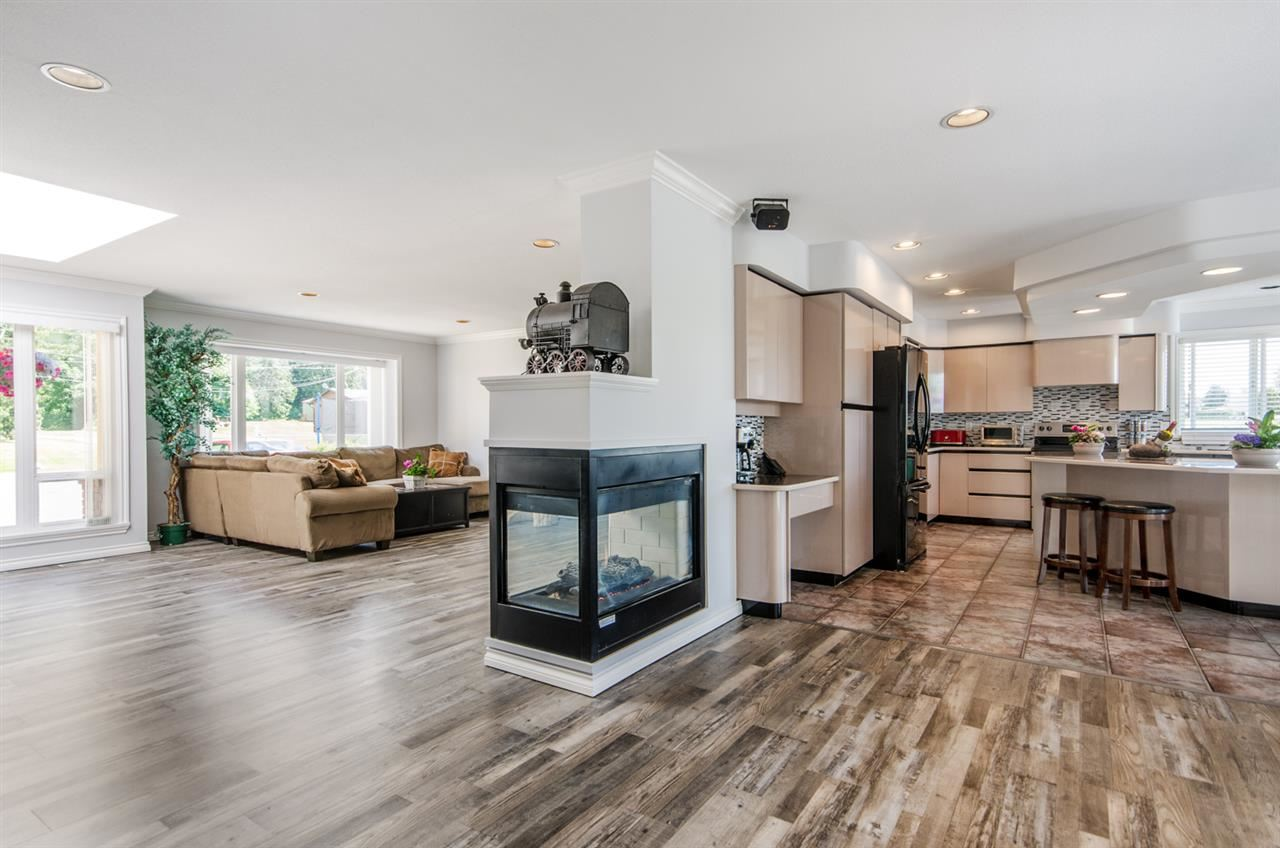 For Sale: 6625 180 Street, Surrey, BC   6 Bed, 5 Bath House for $1,900,000. See 4 photos!