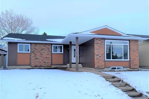 House for sale at 6630 Malvern Rd Northeast Calgary Alberta - MLS: C4285801