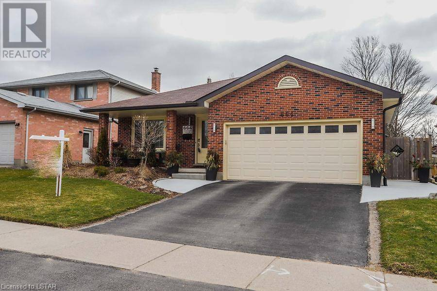 House for sale at 664 Country Club Dr London Ontario - MLS: 251185
