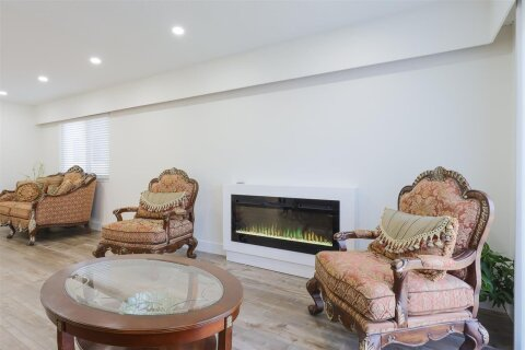 6658 Inverness Street, Vancouver | Image 2