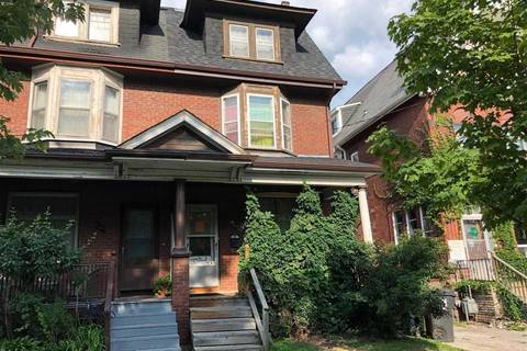 Townhouse for sale at 667 Huron St Toronto Ontario - MLS: C4392598
