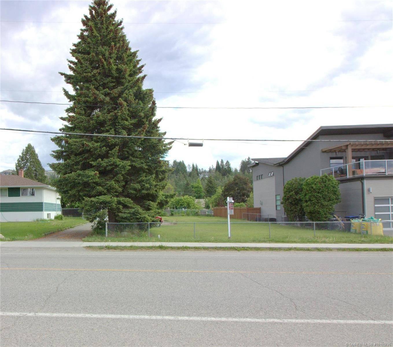 Home for sale at 667 Mcclure Rd Kelowna British Columbia - MLS: 10185776