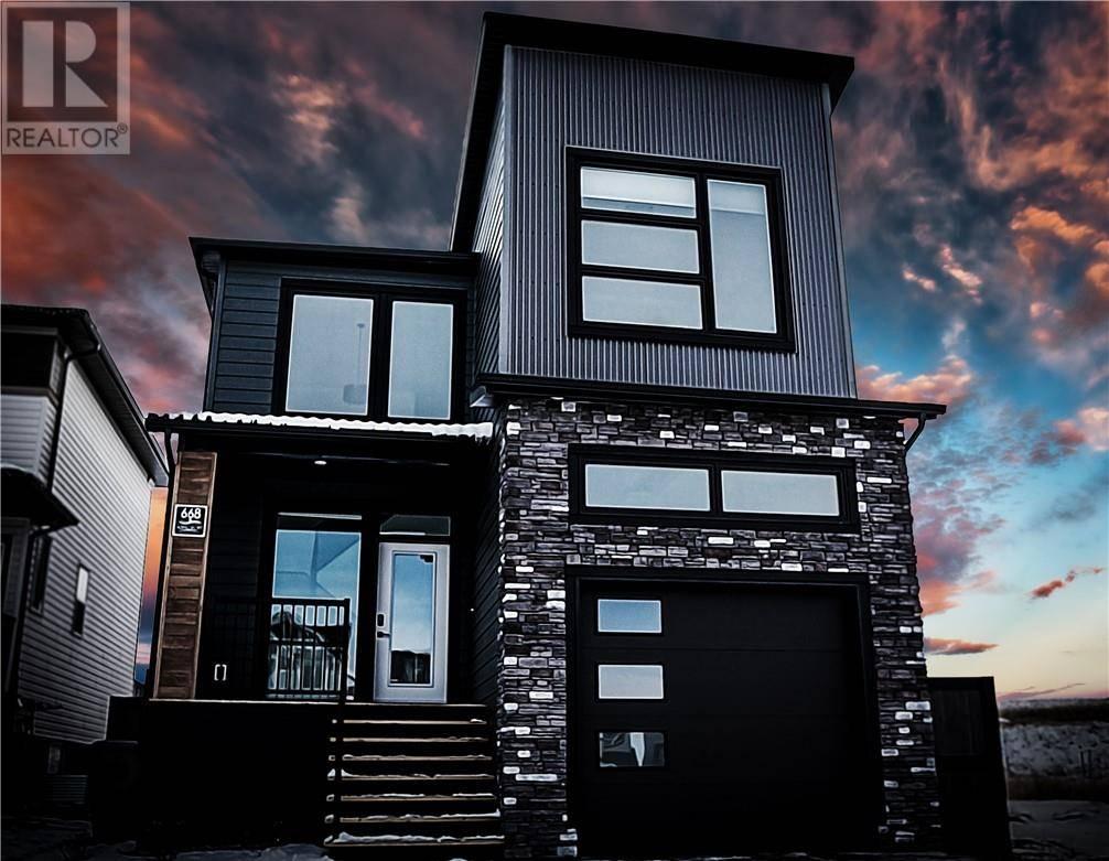House for sale at 668 Aquitania Blvd W Lethbridge Alberta - MLS: ld0186426