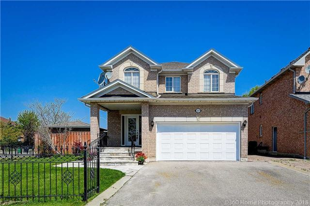 For Sale: 669 Patriot Drive, Mississauga, ON | 4 Bed, 4 Bath House for $1,188,000. See 19 photos!