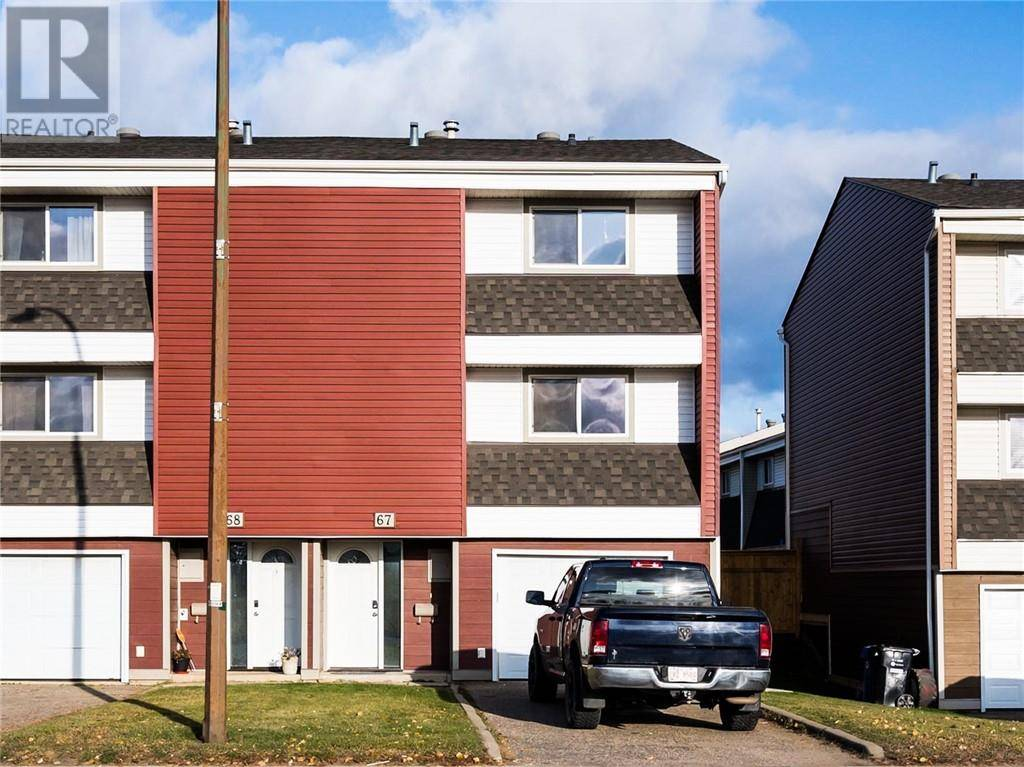 Townhouse for sale at 400 Silin Forest Rd Unit 67 Fort Mcmurray Alberta - MLS: fm0180883