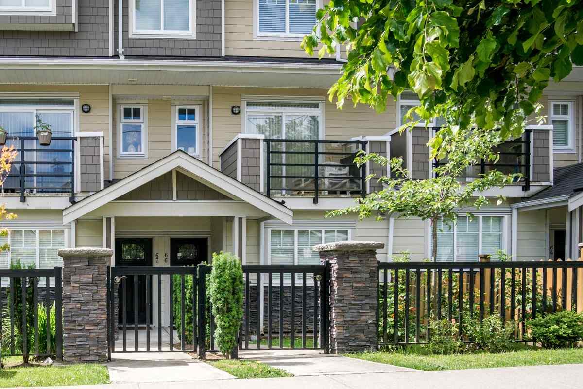 Sold: 67 - 6383 140 Street, Surrey, BC