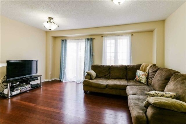 For Sale: 67 - 6830 Meadowvale Town Cent Circle, Mississauga, ON | 3 Bed, 4 Bath Condo for $549,900. See 20 photos!
