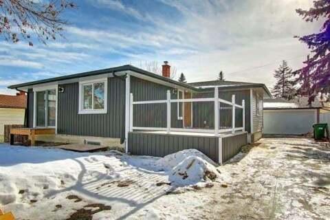House for sale at 67 Fenton Rd Southeast Calgary Alberta - MLS: C4288901