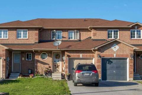 Townhouse for sale at 67 Goodwin Dr Barrie Ontario - MLS: S4929200