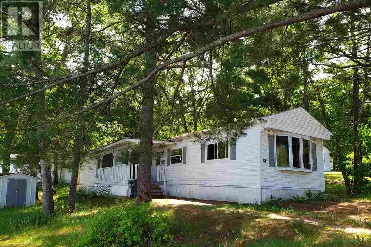 Home for sale at 67 Parkway Dr New Minas Nova Scotia - MLS: 202011004