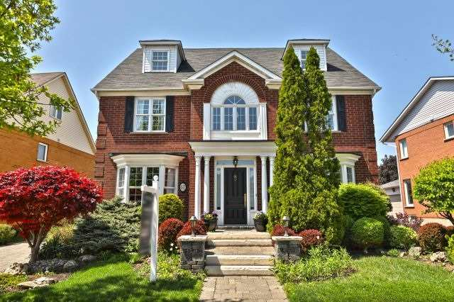 Sold: 67 River Glen Boulevard, Oakville, ON