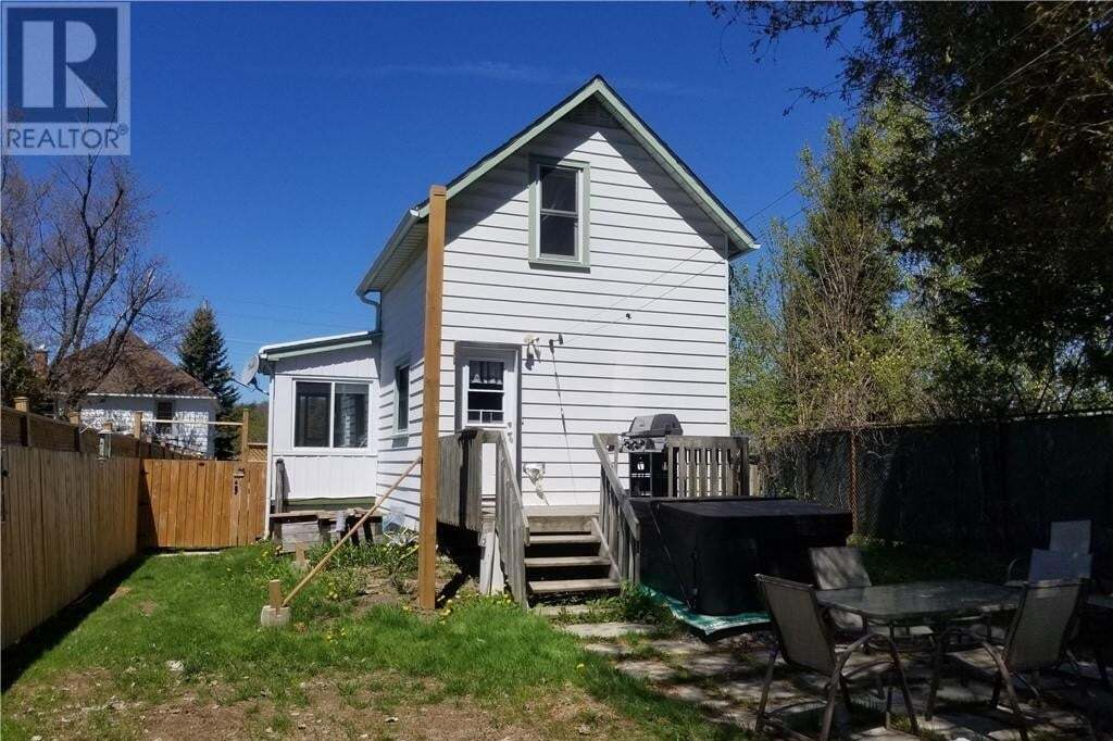 House for sale at 67 River St Parry Sound Ontario - MLS: 261009