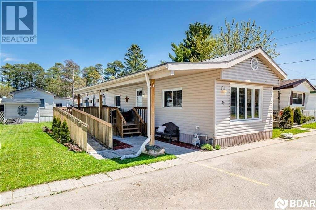 Home for sale at 67 Sixth St Angus Ontario - MLS: 30807919