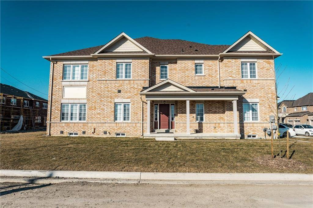 Townhouse for sale at 67 Sparkle Dr Thorold Ontario - MLS: 30792201