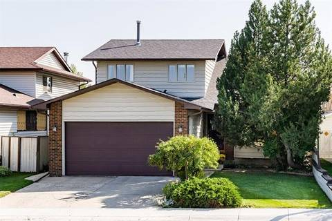 House for sale at 67 Woodford Cres Southwest Calgary Alberta - MLS: C4268270
