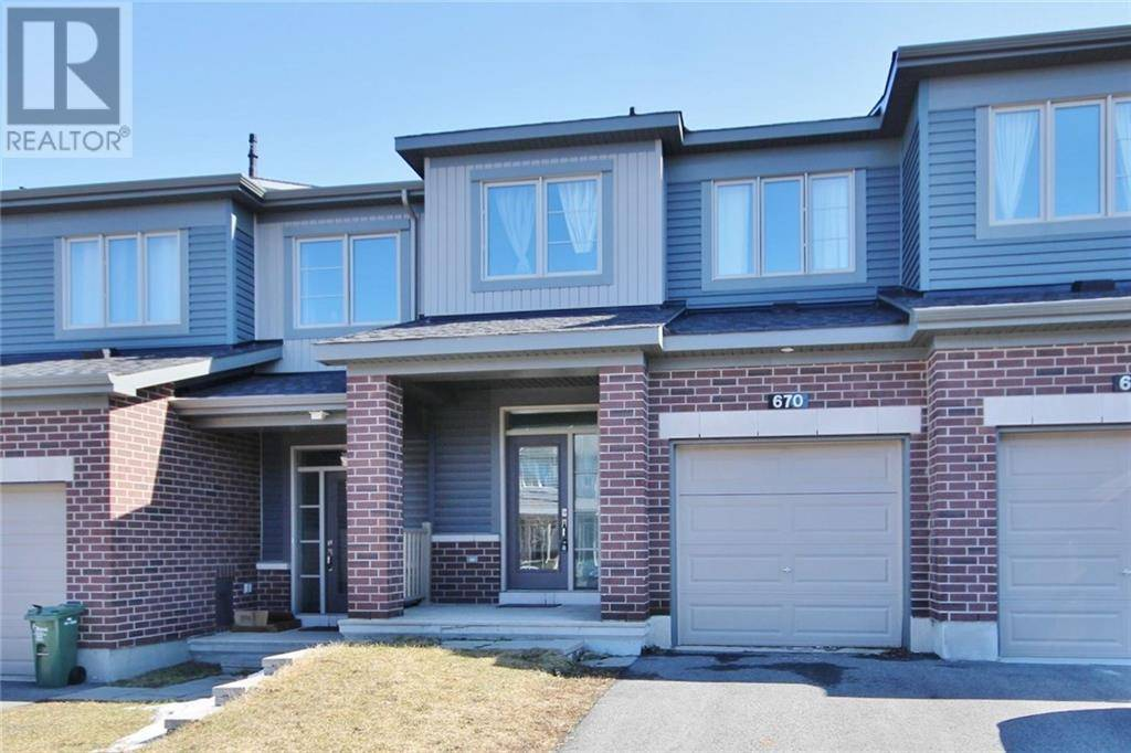 Townhouse for sale at 670 Lauraleaf Cres Ottawa Ontario - MLS: 1187934