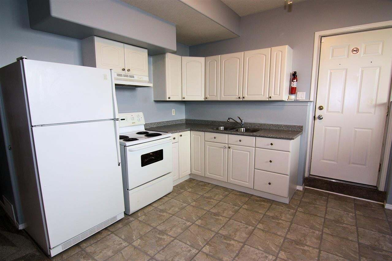 House for sale at 6703 165 Av NW Edmonton Alberta - MLS: E4203504