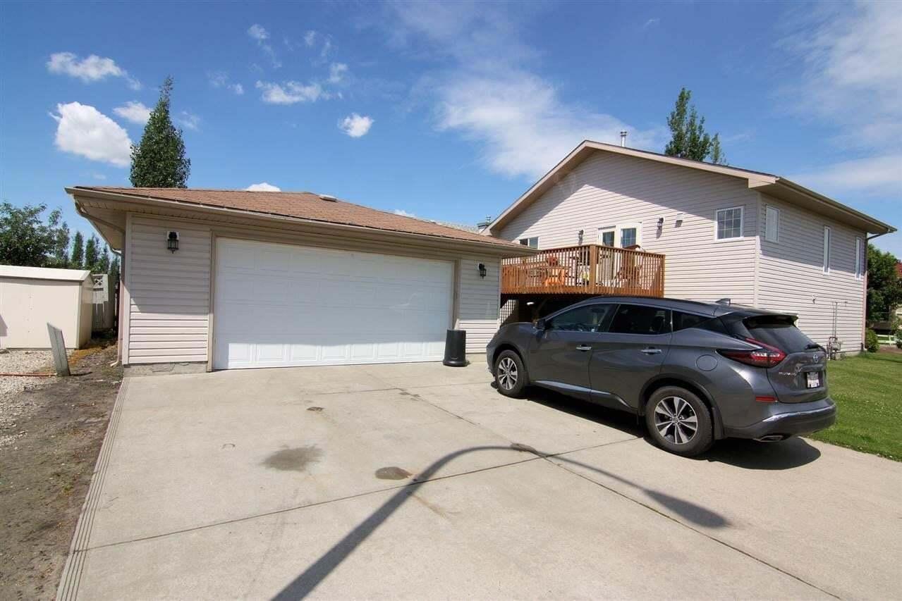 House for sale at 6703 165 Av NW Edmonton Alberta - MLS: E4213672