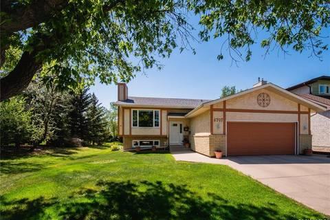 House for sale at 6707 Maple Ridge Dr Regina Saskatchewan - MLS: SK775695