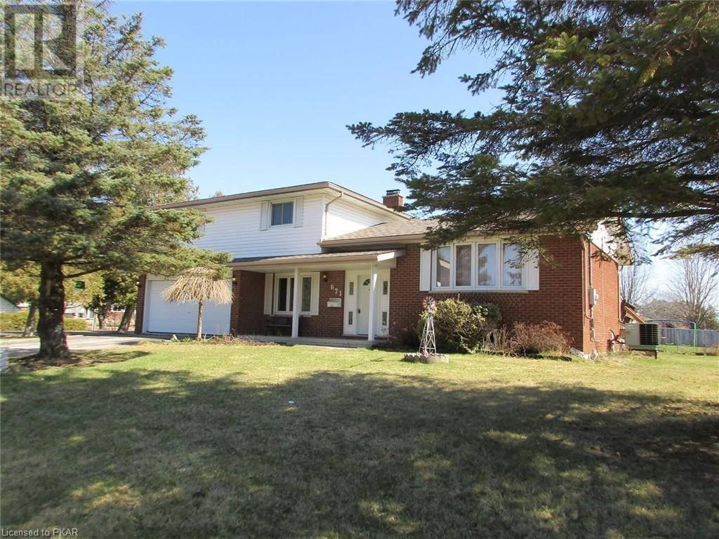 House for sale at 671 Garden Rd Ennismore Township Ontario - MLS: 246088